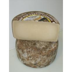 Brebis de Saint-Jean-Pied-de-Port La demi tomme 1,6kg environ