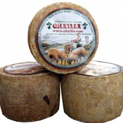 Tomette de fromage de brebis